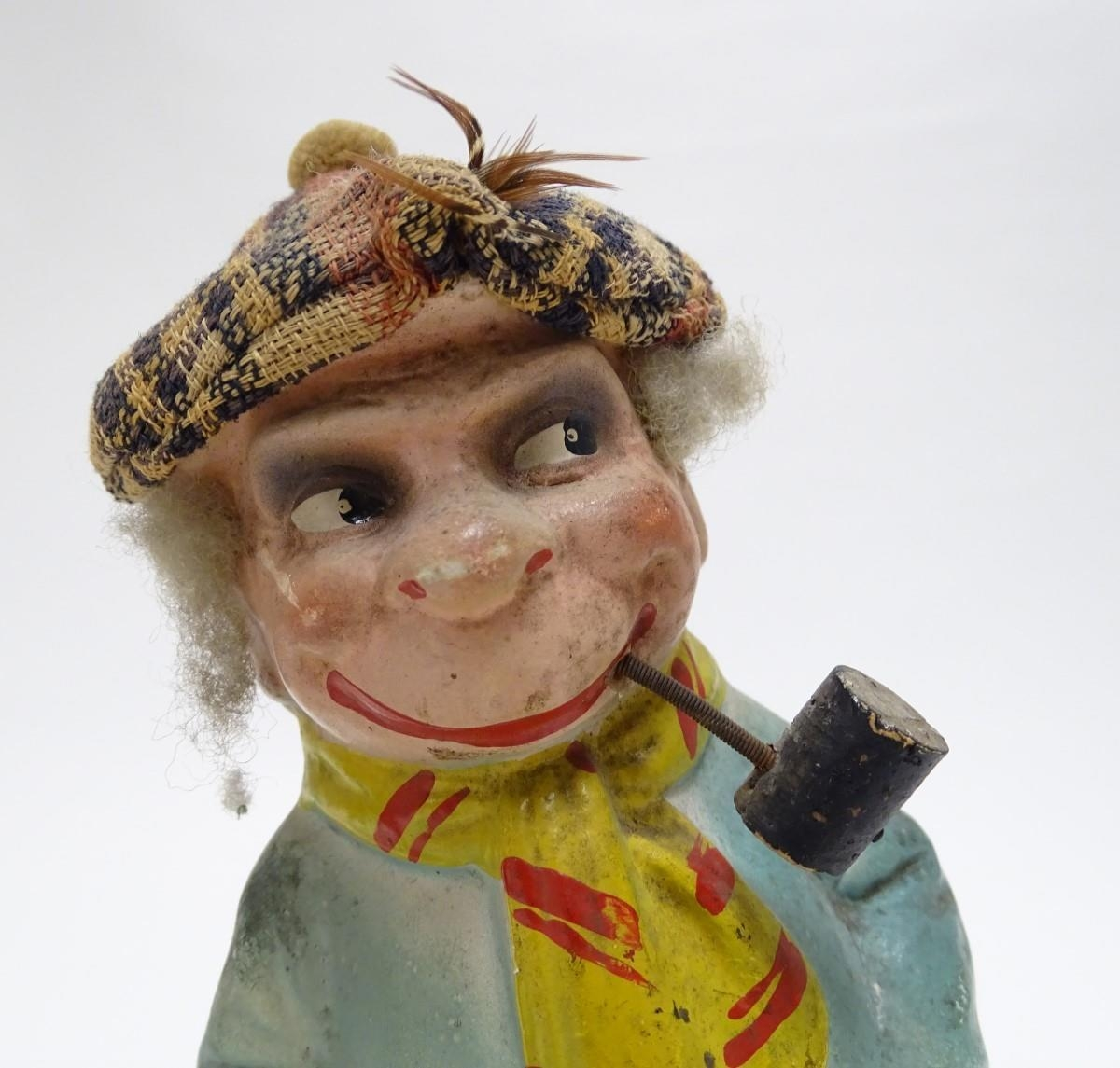 Toys: Two unusual novelty humorous Scottish figures made of pressed card. A wind up toy modelled - Image 8 of 9