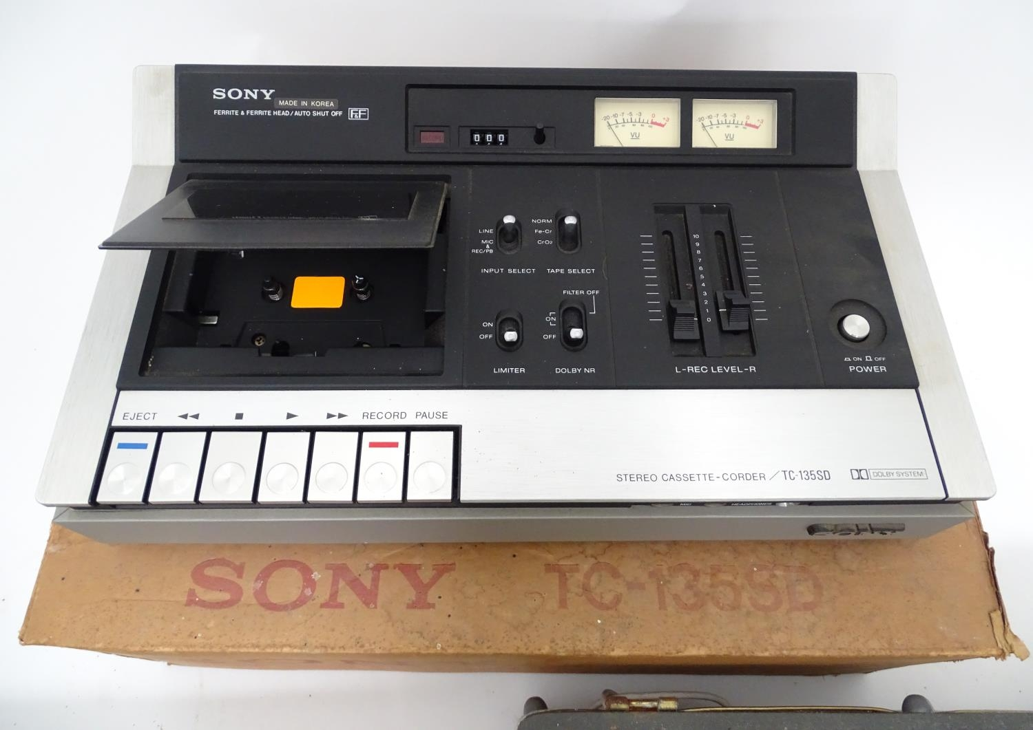 A boxed Sony cassette recorder together with a boxed Vidor radio and a reel to reel tape machine (3) - Image 5 of 6