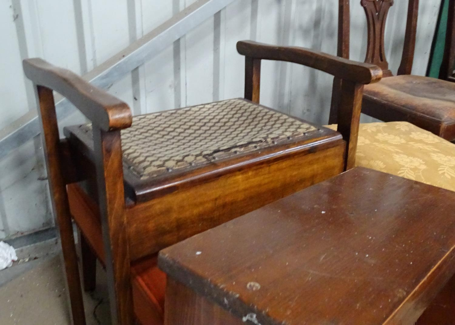 A quantity of furniture to include a piano stool, small step ladder, linen basket, etc. Please - Image 2 of 4