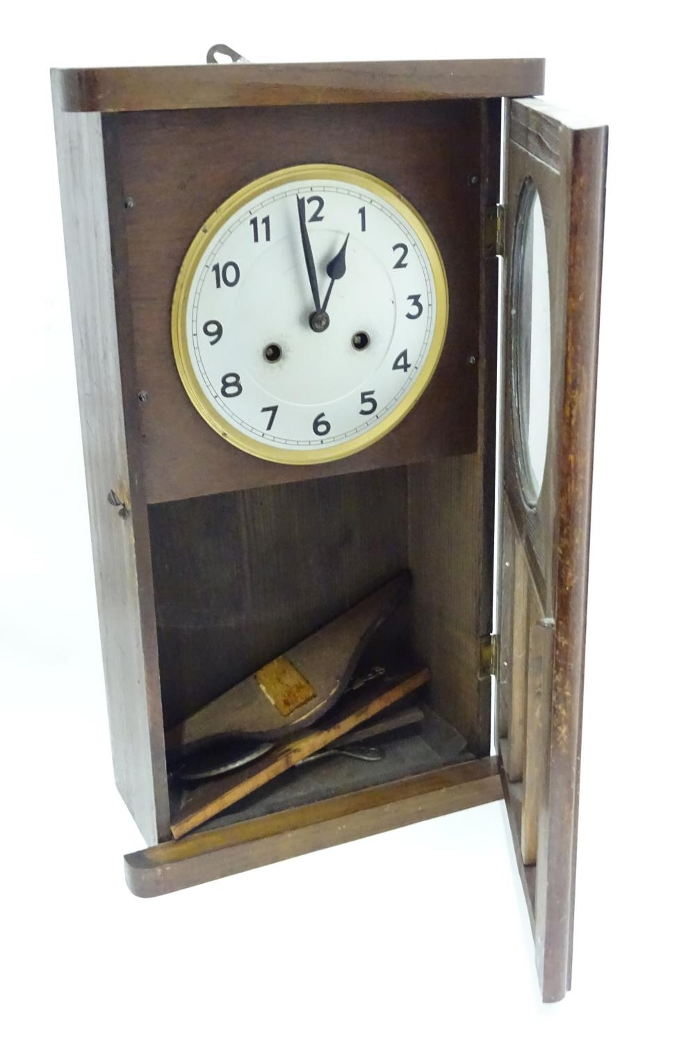 A 20thC English wall clock Please Note - we do not make reference to the condition of lots within - Image 3 of 4