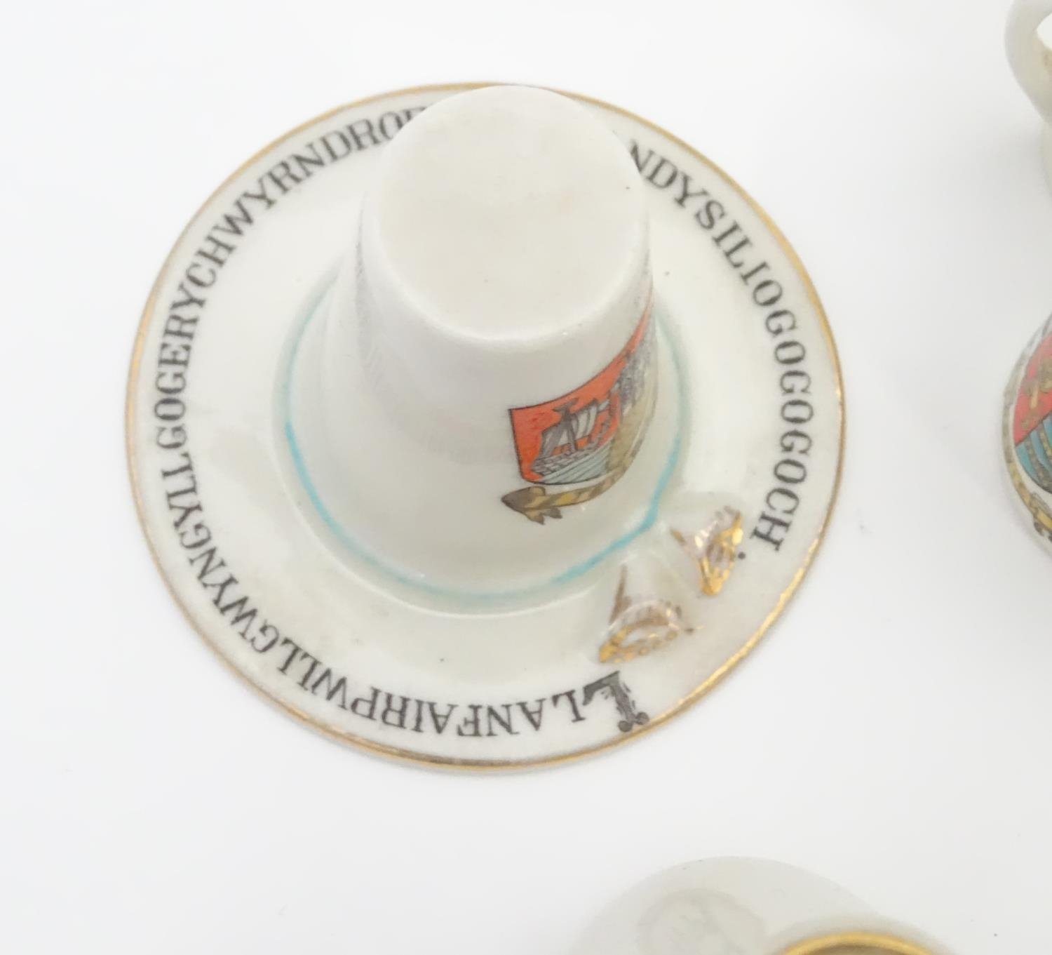 A quantity of Crested Ware to include Leicester camel, Blackpool rabbit, Lowestoft frog, etc. Please - Image 9 of 21