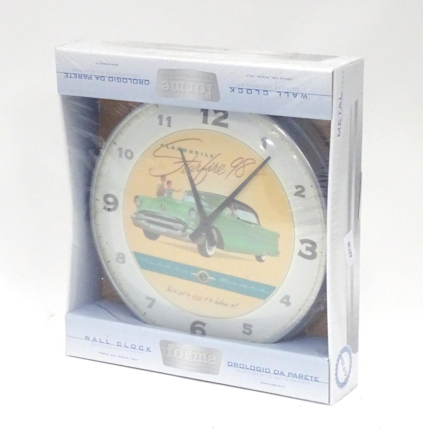 An American motoring wall clock decorated with the car / vehicle Oldsmobile Starfire '98 Please Note - Image 4 of 5