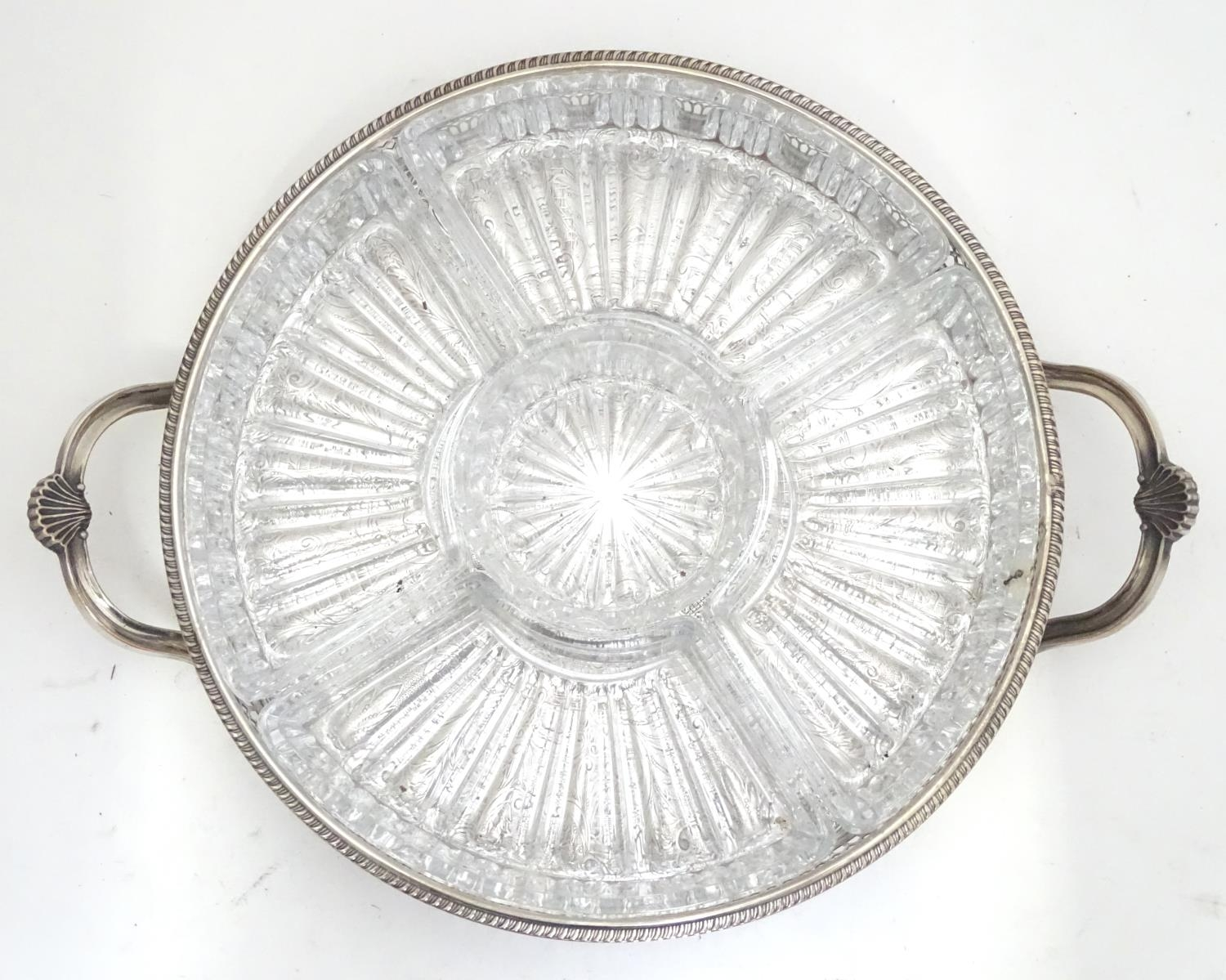 A silver plated entree dish with 5 inset glass sections Please Note - we do not make reference to - Image 3 of 6