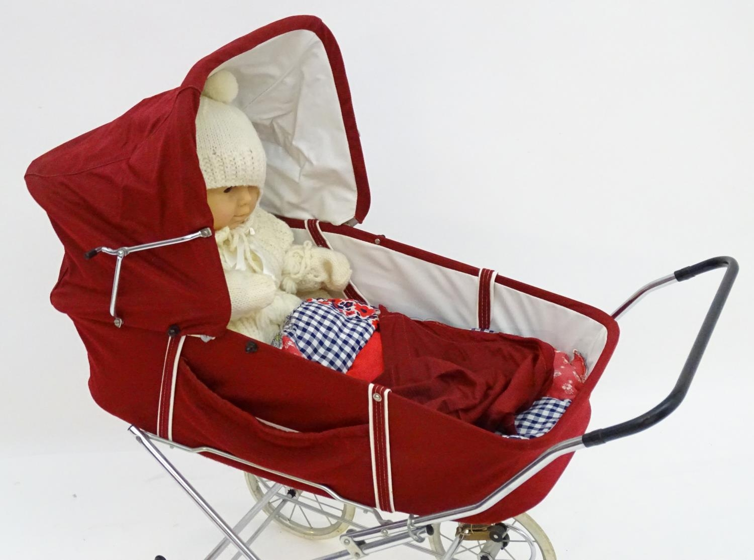 A 20thC dolls pram together with two dolls (3) Please Note - we do not make reference to the - Image 2 of 7