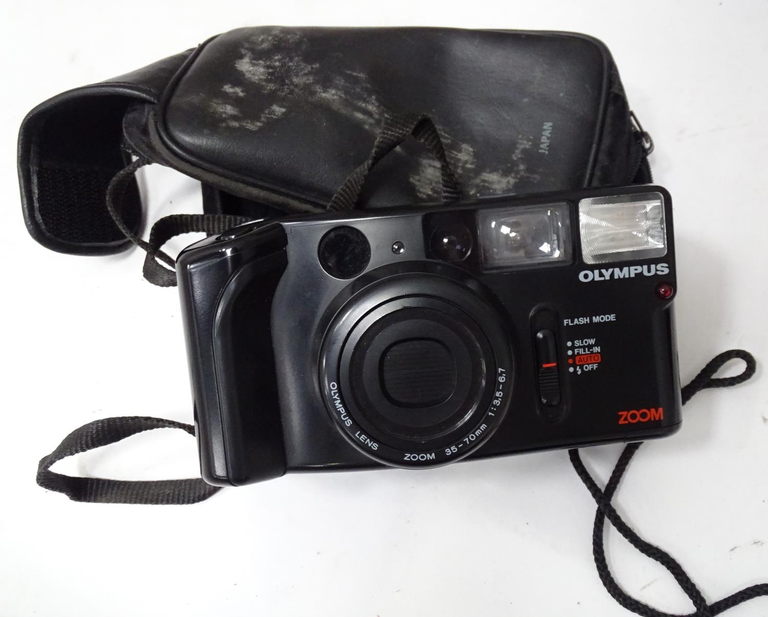 A quantity of cameras etc. Please Note - we do not make reference to the condition of lots within - Image 7 of 18