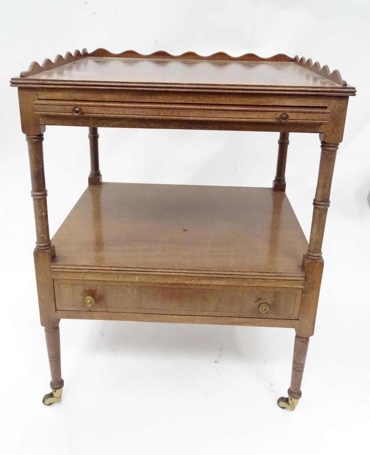 A small mahogany etagere Please Note - we do not make reference to the condition of lots within - Image 5 of 5