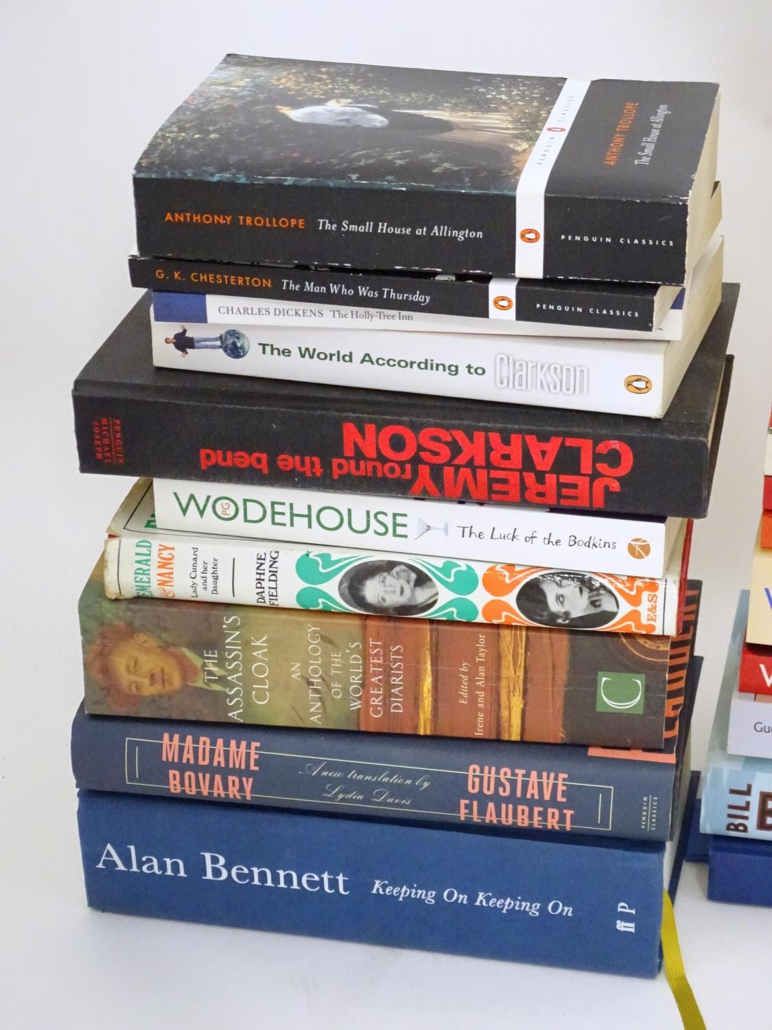 A quantity of books to include titles by Alan Bennett, Jeremy Clarkson, Bill Bryson, Anthony - Image 5 of 6