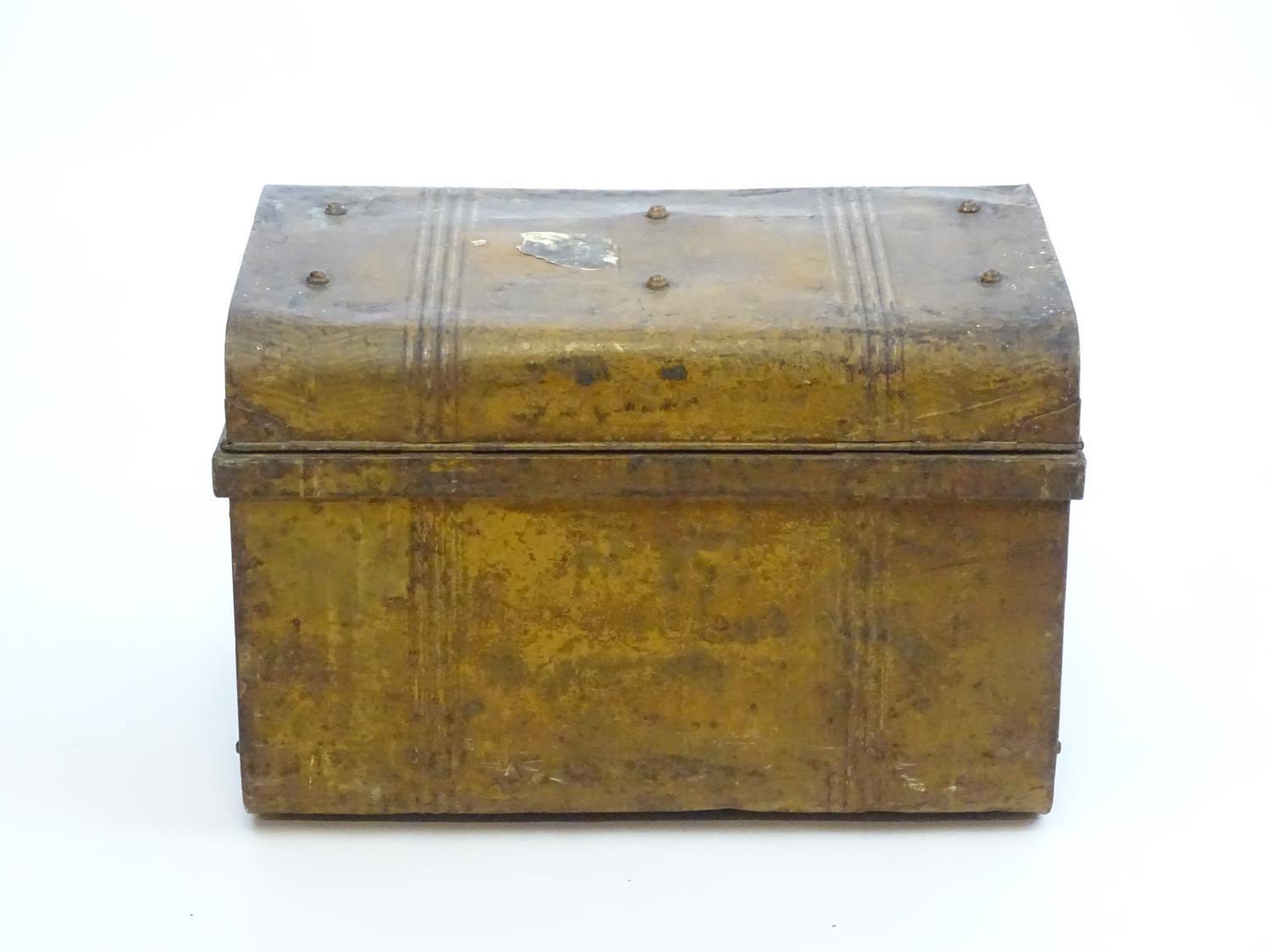 Two late 19thC tin trunks with lifting lids and flanked by carrying handles. The largest measuring - Image 7 of 11