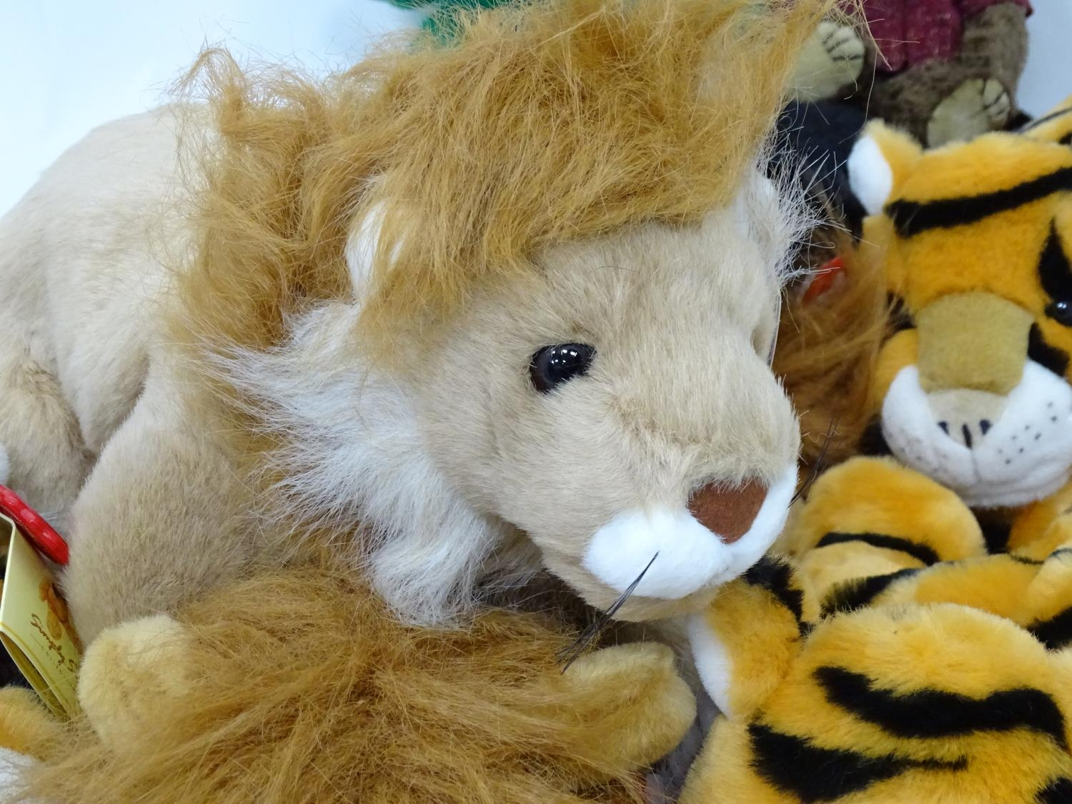A quantity of Keel soft toys Please Note - we do not make reference to the condition of lots - Image 5 of 7