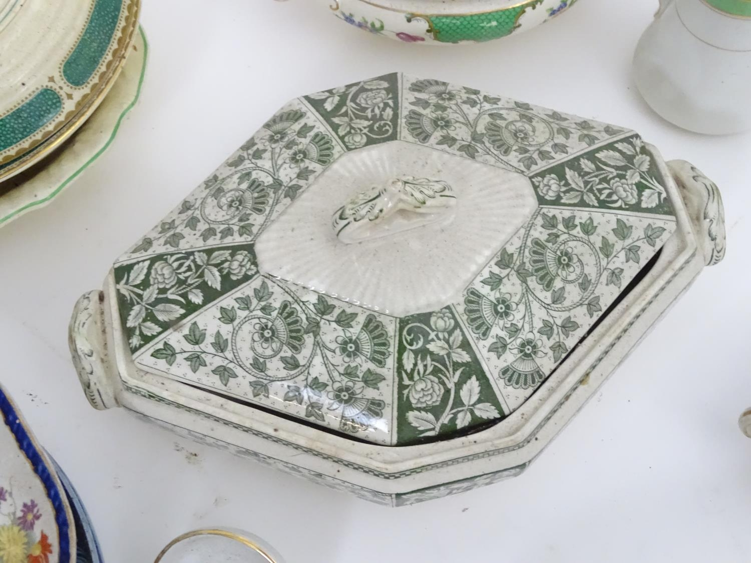 A large quantity of assorted Booths china to include bowls, coffee pots, chamber pots, cups, - Image 16 of 17