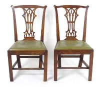 A pair of late 18thc / early 19thC mahogany Chippendale style side chairs with a pierced splat, drop