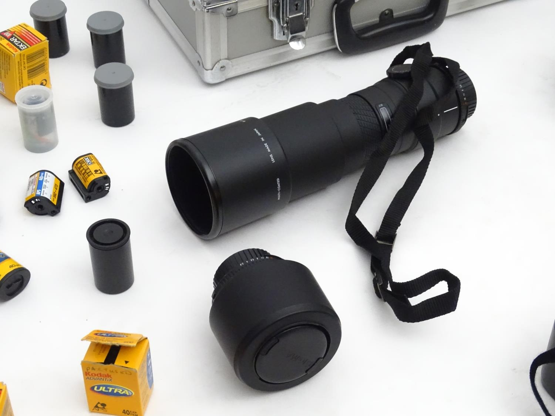 A quantity of 20thC cameras and photographic equipment, comprising: Voigtlander Bessa, Voigtlander - Image 19 of 22