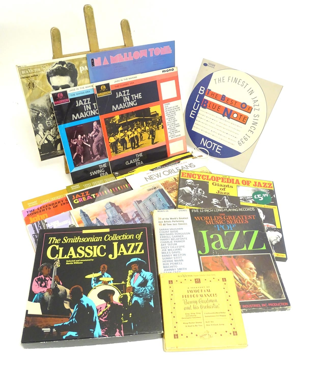 A collection of 20thC 33 rpm Vinyl records / LPs, - Jazz, comprising: The Panassie Sessions, In a - Image 2 of 11
