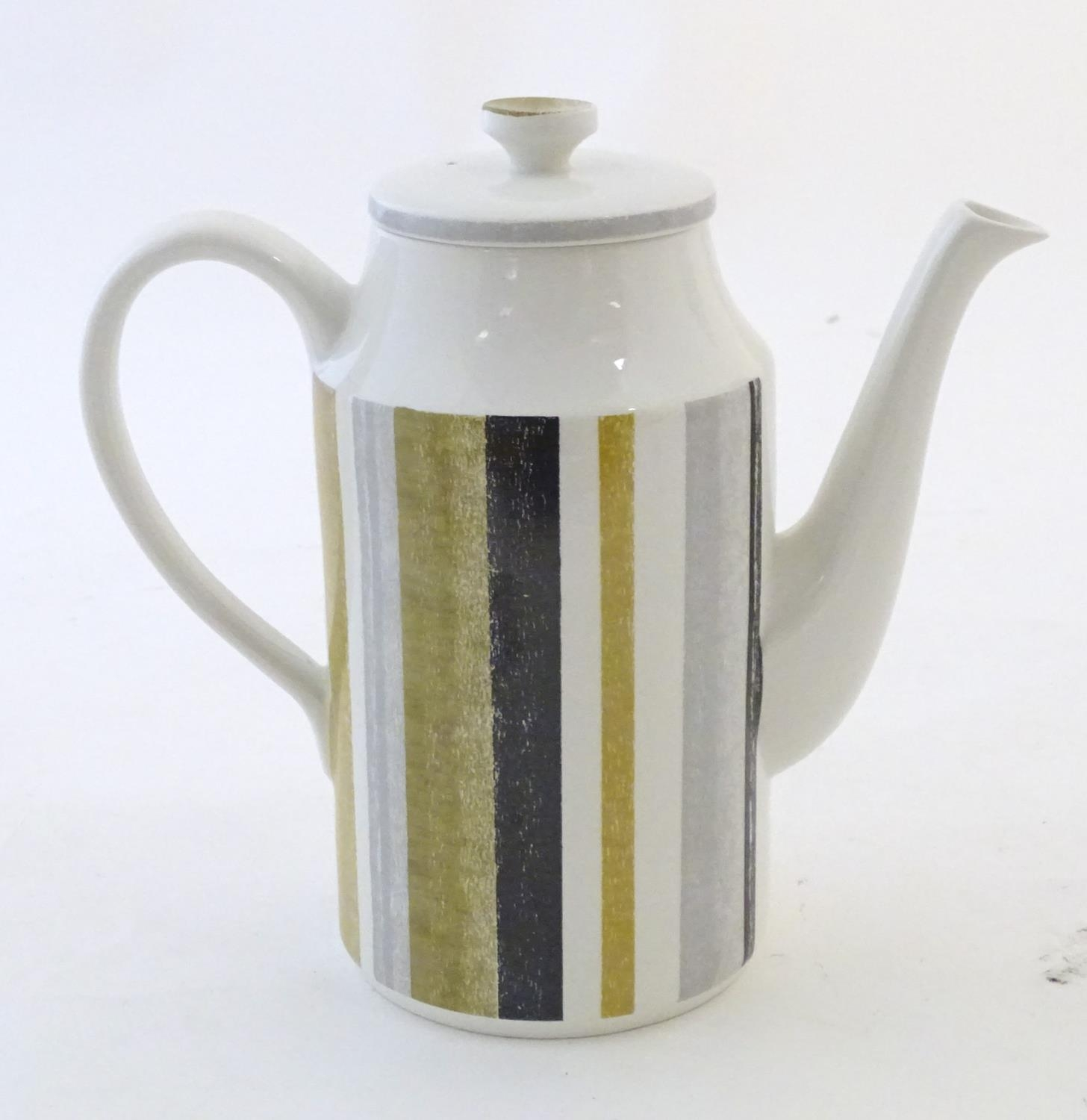 A quantity of assorted retro Midwinter wares, comprising a coffee pot, coffee cups and saucers etc - Image 14 of 20