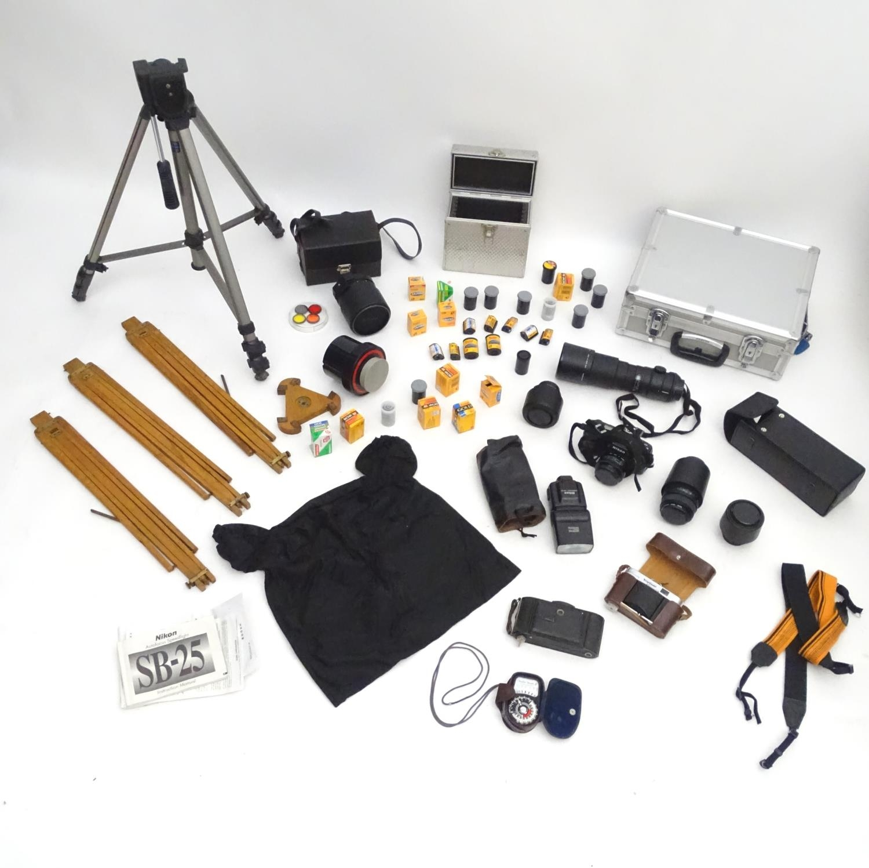 A quantity of 20thC cameras and photographic equipment, comprising: Voigtlander Bessa, Voigtlander - Image 8 of 22
