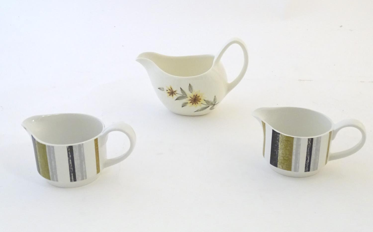 A quantity of assorted retro Midwinter wares, comprising a coffee pot, coffee cups and saucers etc - Image 18 of 20