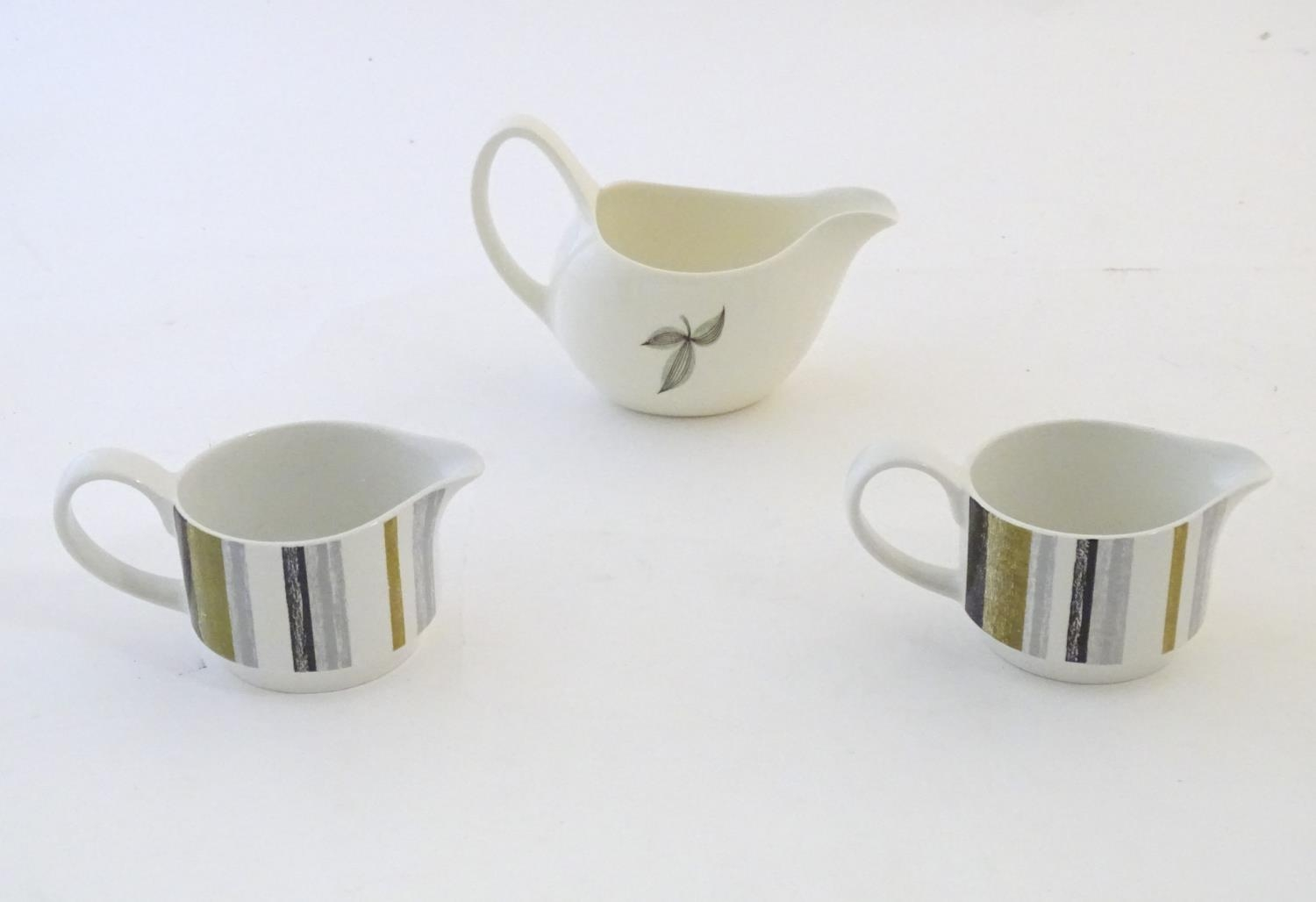A quantity of assorted retro Midwinter wares, comprising a coffee pot, coffee cups and saucers etc - Image 17 of 20