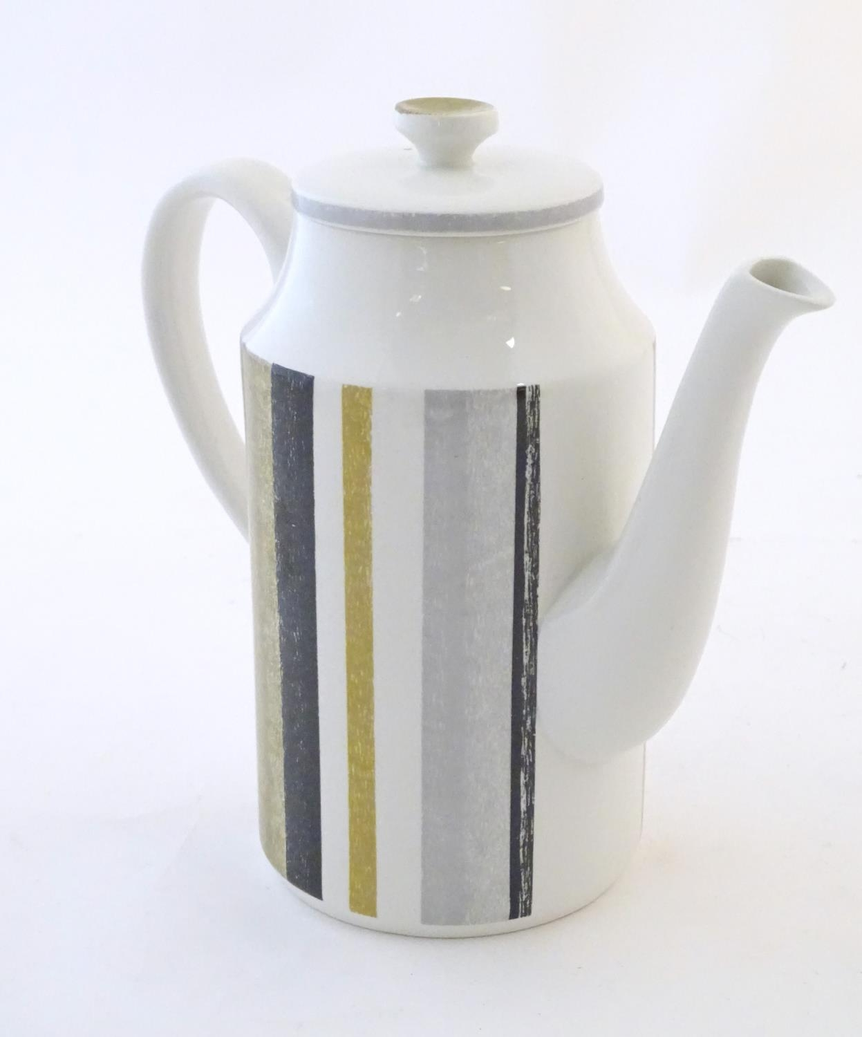A quantity of assorted retro Midwinter wares, comprising a coffee pot, coffee cups and saucers etc - Image 15 of 20