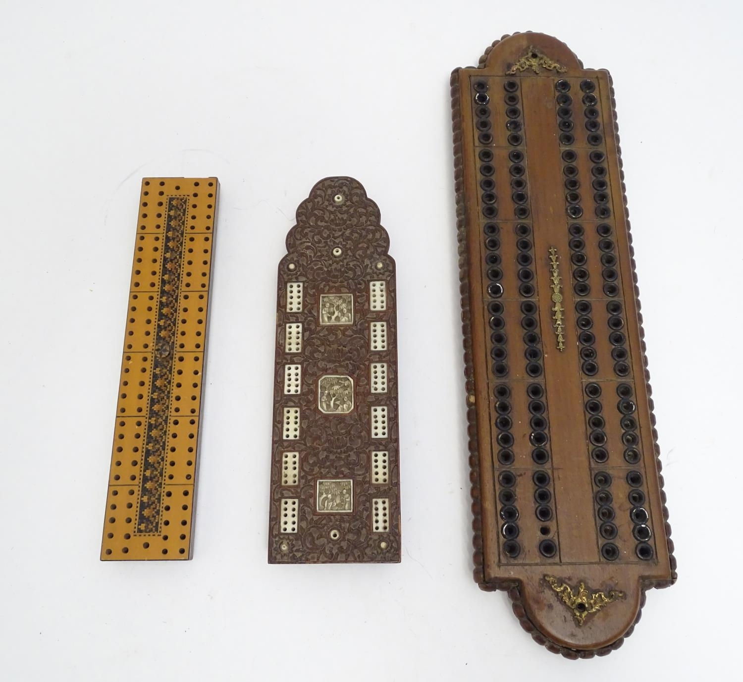 Toys: Three early 20thC cribbage peg boards, comprising a far eastern example with foliate carved - Image 3 of 10