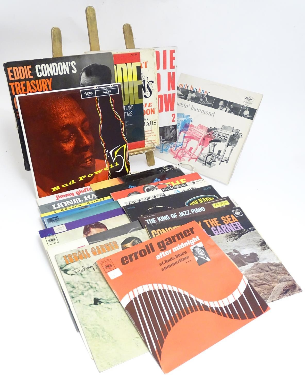 A collection of 20thC 33 rpm Vinyl records / LPs, - Jazz, comprising: The Eddie Condon Floor Show 2, - Image 8 of 19