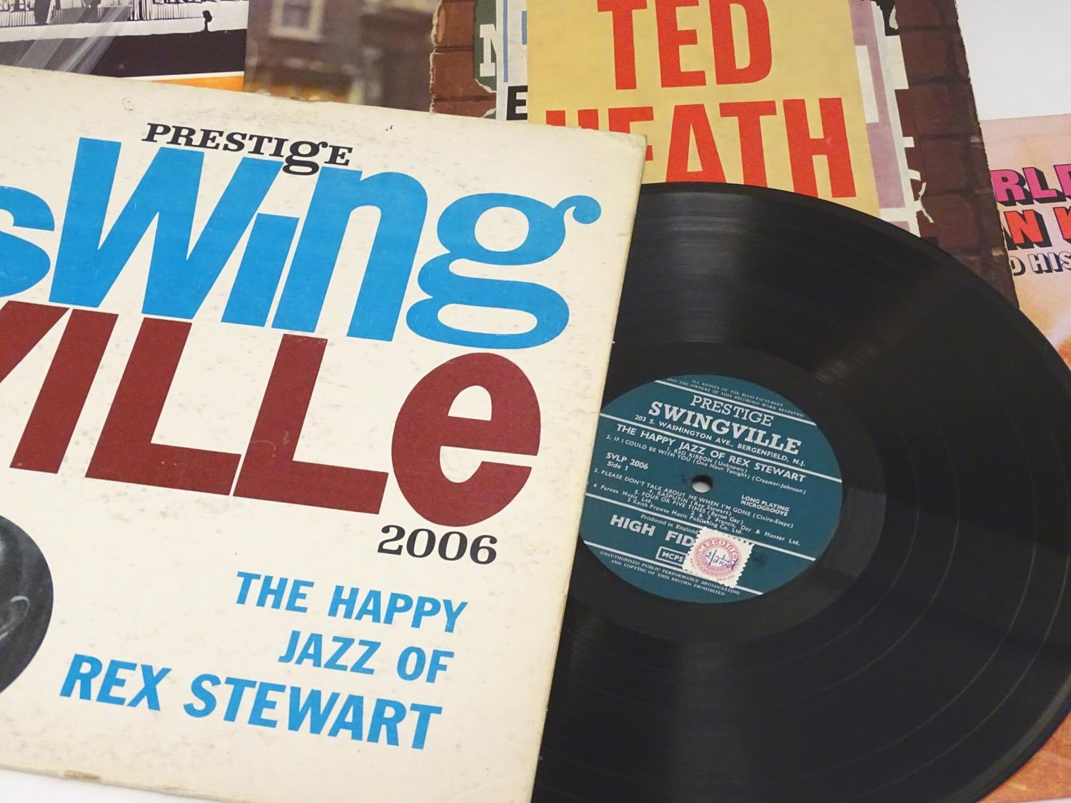 A collection of 20thC 33 rpm Vinyl records / LPs, Jazz, Big Band, Swing, comprising: Swing! (Coleman - Image 7 of 9