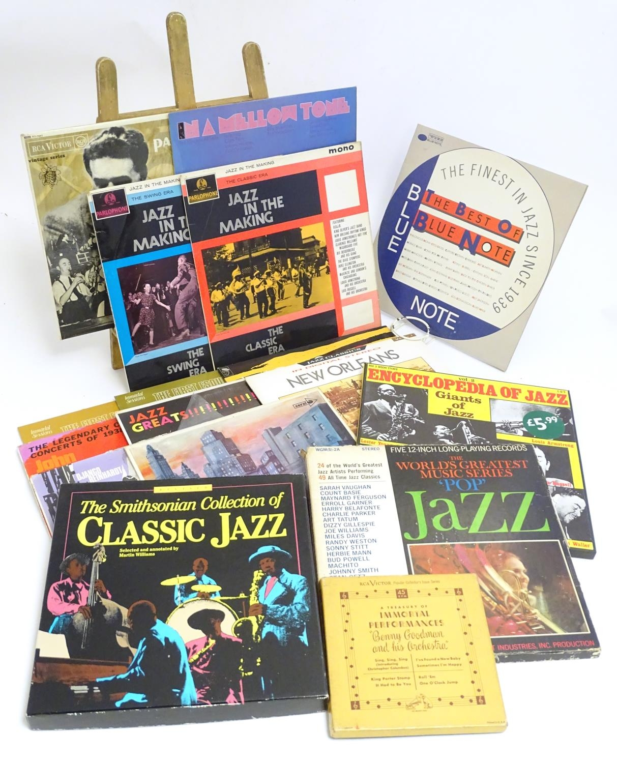 A collection of 20thC 33 rpm Vinyl records / LPs, - Jazz, comprising: The Panassie Sessions, In a - Image 4 of 11
