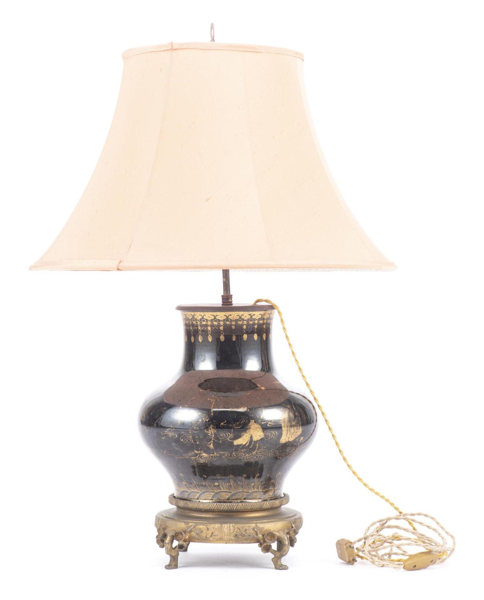 Lampe de table à pied en porcelaine de Chine - Image 3 of 20