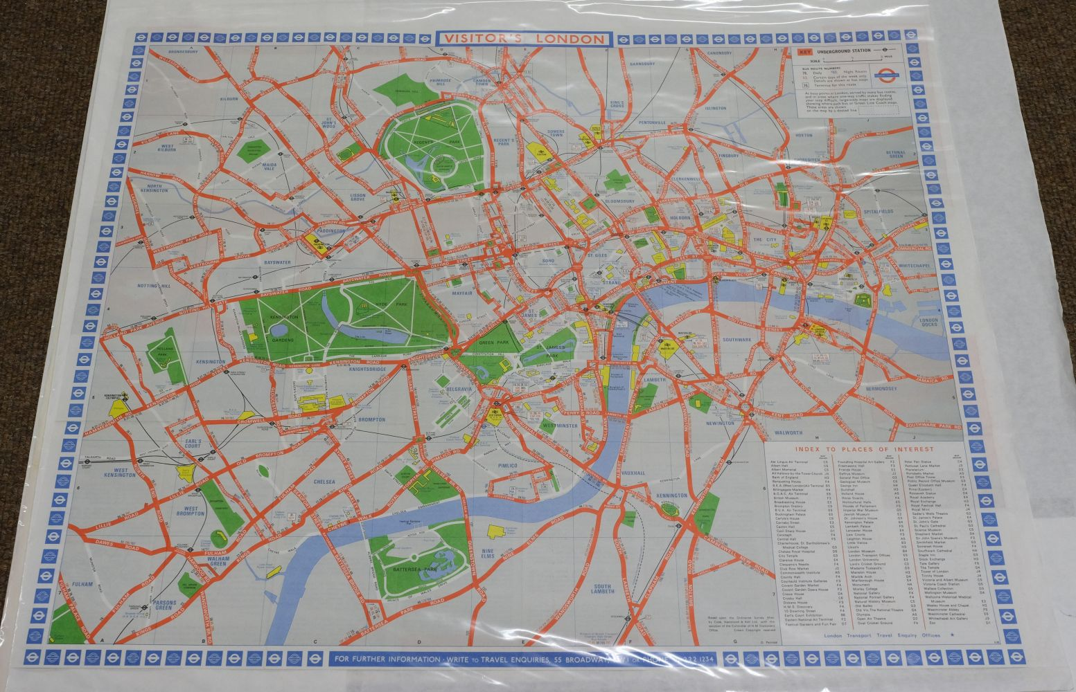 London. A mixed collection of 25 maps, plans and views, 18th - 20th century - Image 5 of 11