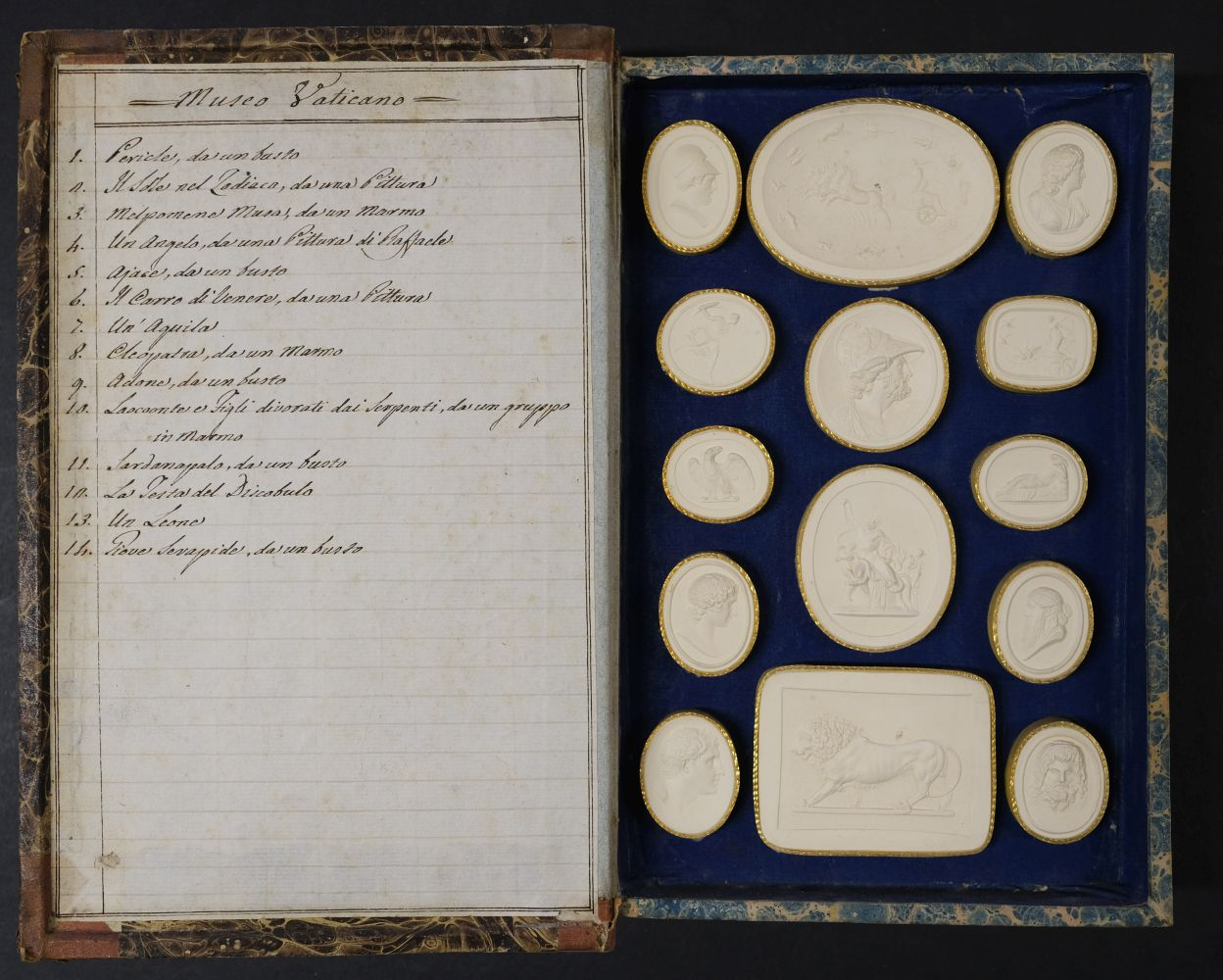 Paoletti (Bartolomeo and Pietro). A collection of 300 plaster cameos, 1820 - Image 8 of 16