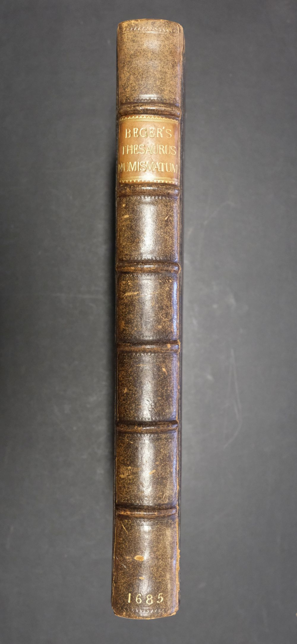 Beger (Lorenzo). Thesaurus ex Thesauro Palatino Selectus, 1685 - Image 3 of 9