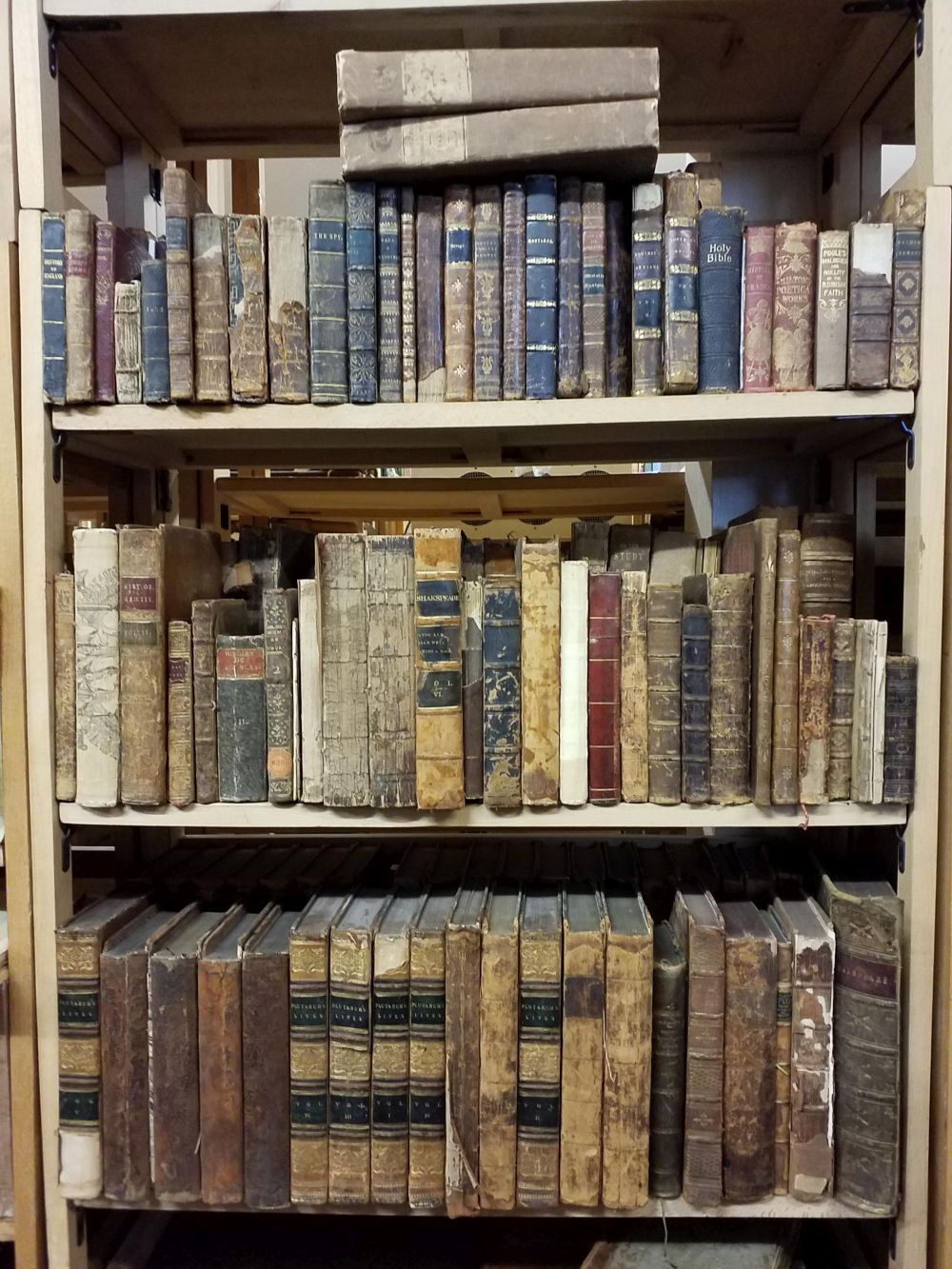 Antiquarian. A large collection of 19th-century history & miscellaneous reference - Image 2 of 2