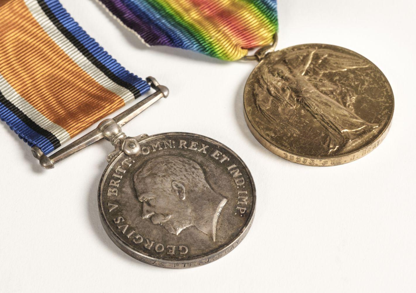 * Dorsetshire Regiment Medals & Memorial Plaque - Image 2 of 5