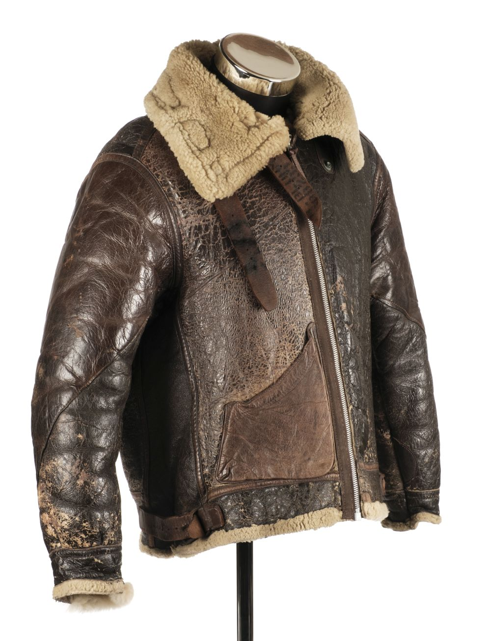 * Flying Jacket. WWII USAAF brown leather flying jacket