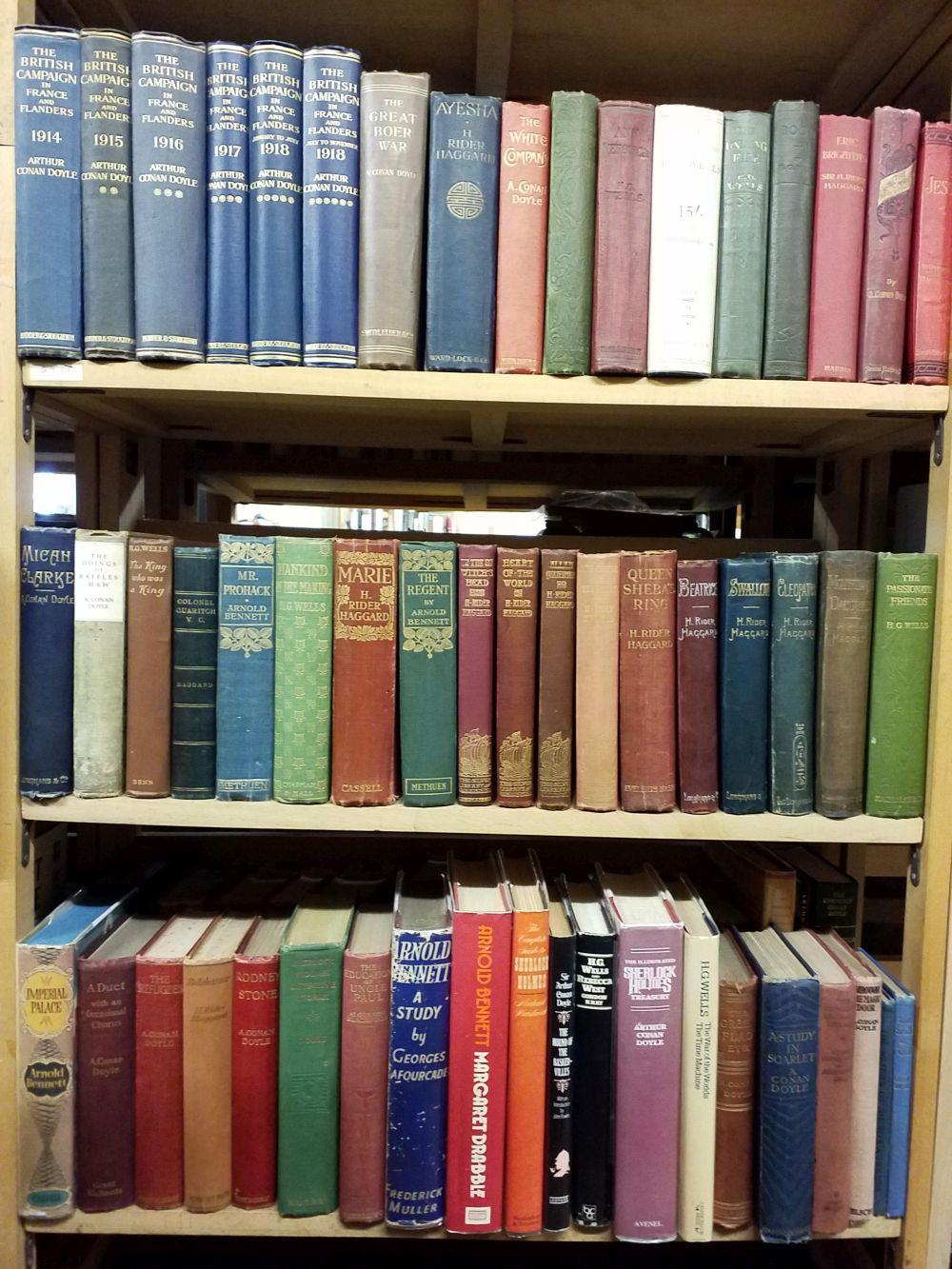 Literature. A collection of Arthur Conan Doyle & early 20th-century literature