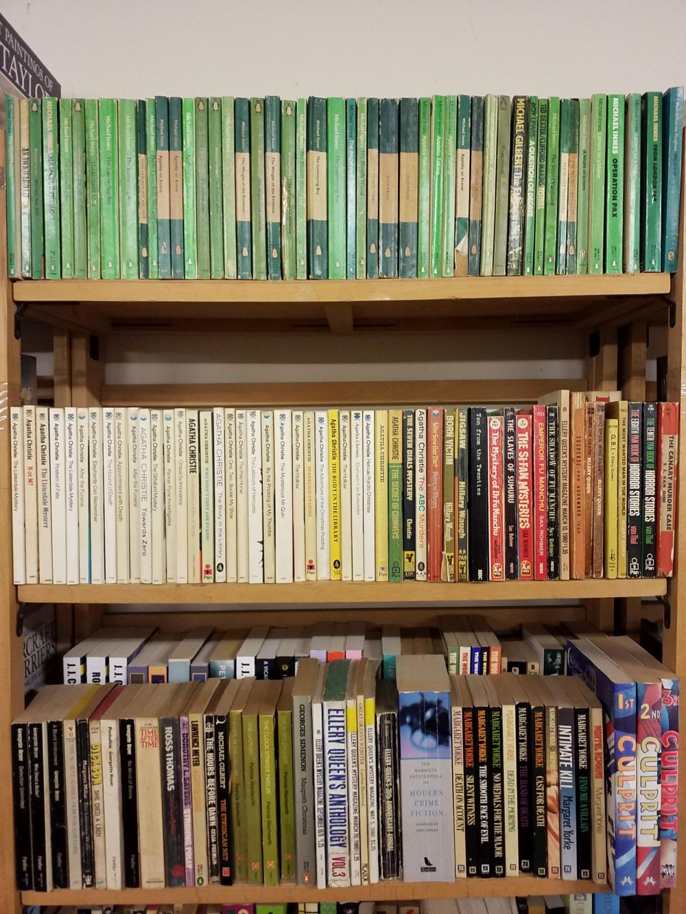 Crime Fiction. A large collection of crime fiction paperbacks