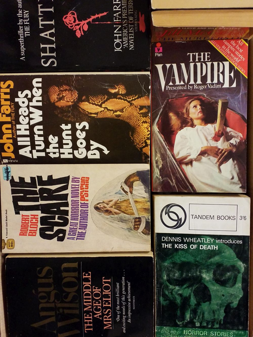 Crime Fiction. A large collection of crime fiction paperbacks - Image 3 of 3