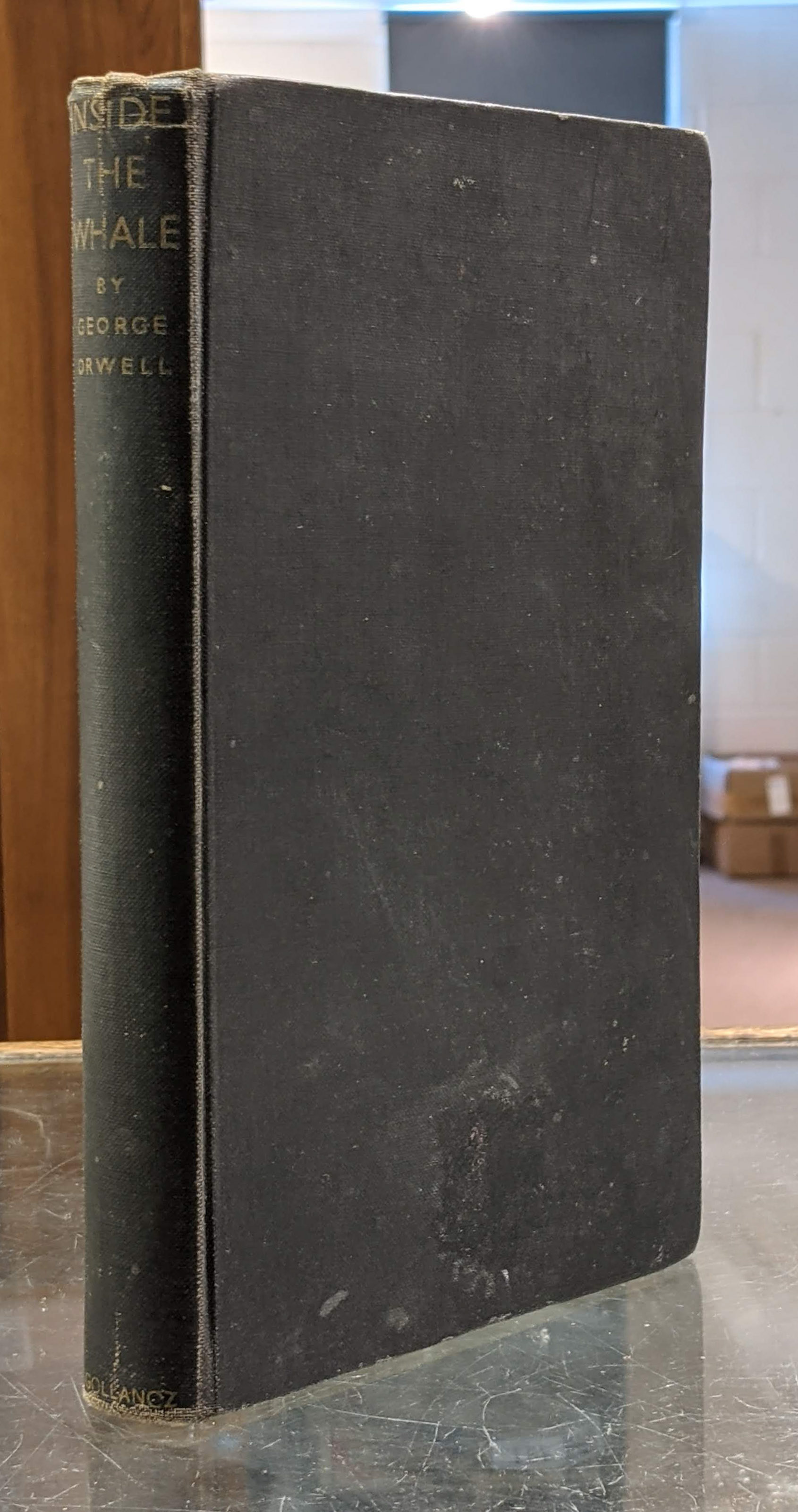Orwell (George). Inside the Whale and other essays, 1st edition, 1940