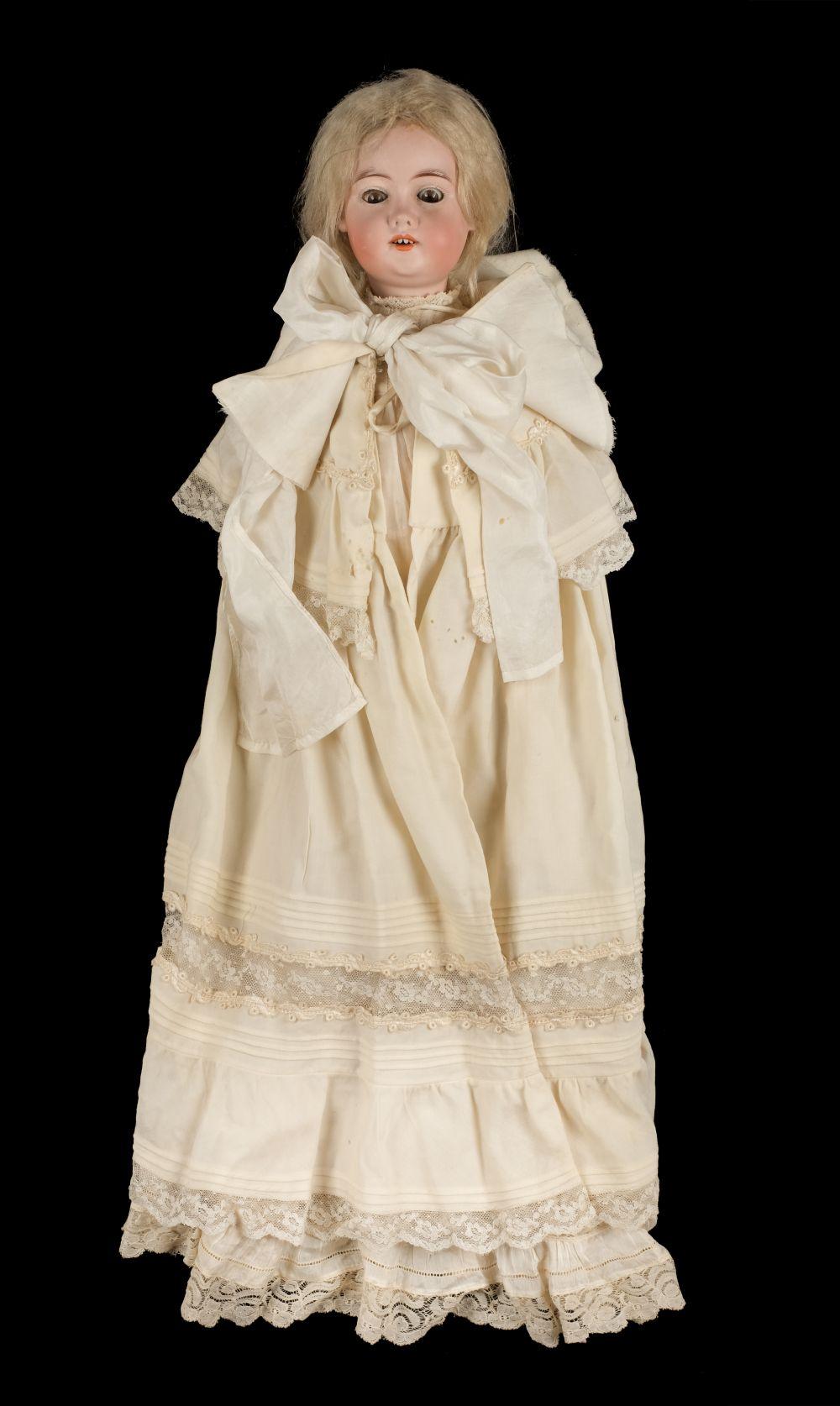 * Doll. A bisque head doll, Continental, circa 1910