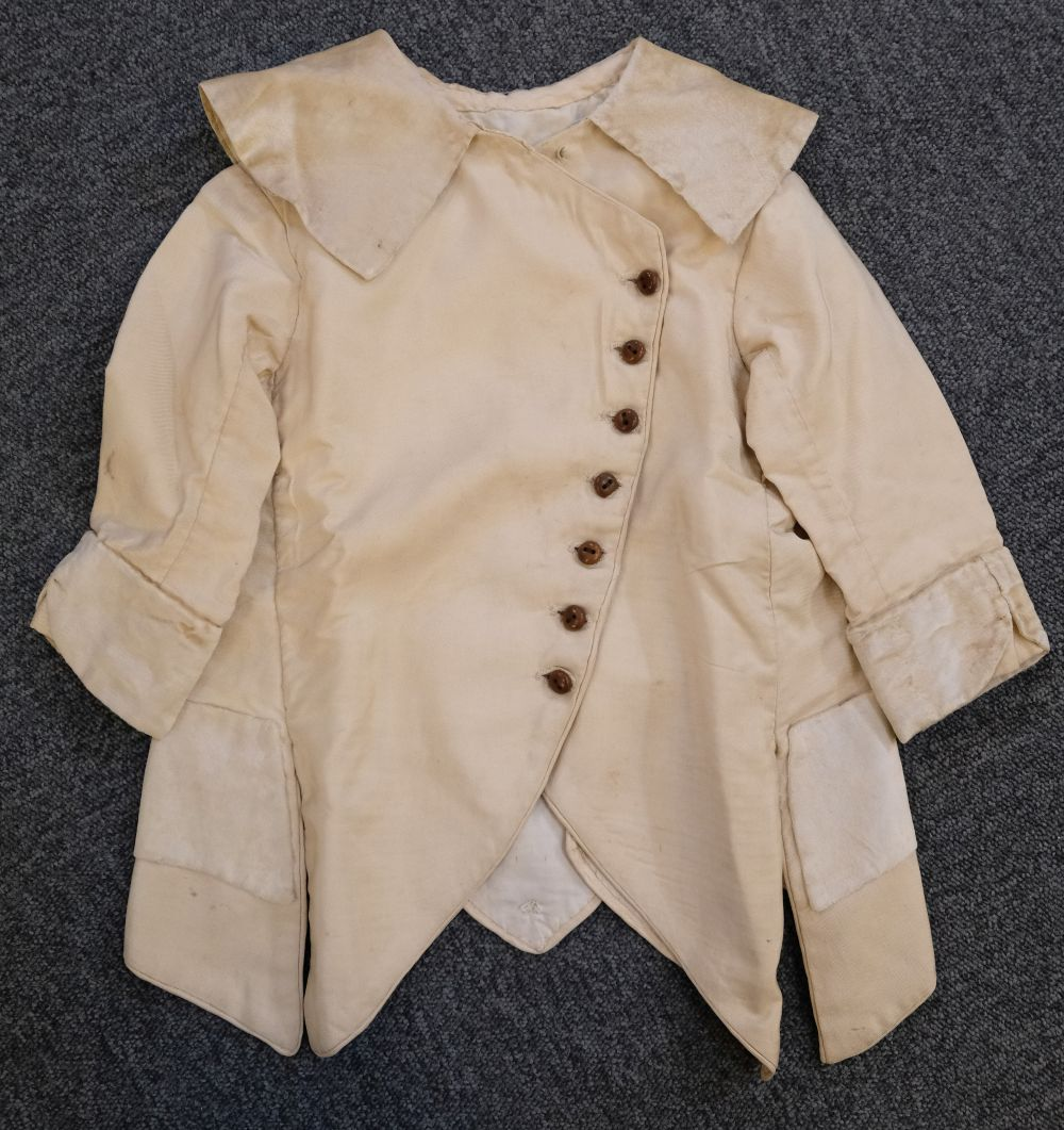 * Children's clothes. A boy's mourning dress, circa 1840 - Image 8 of 9