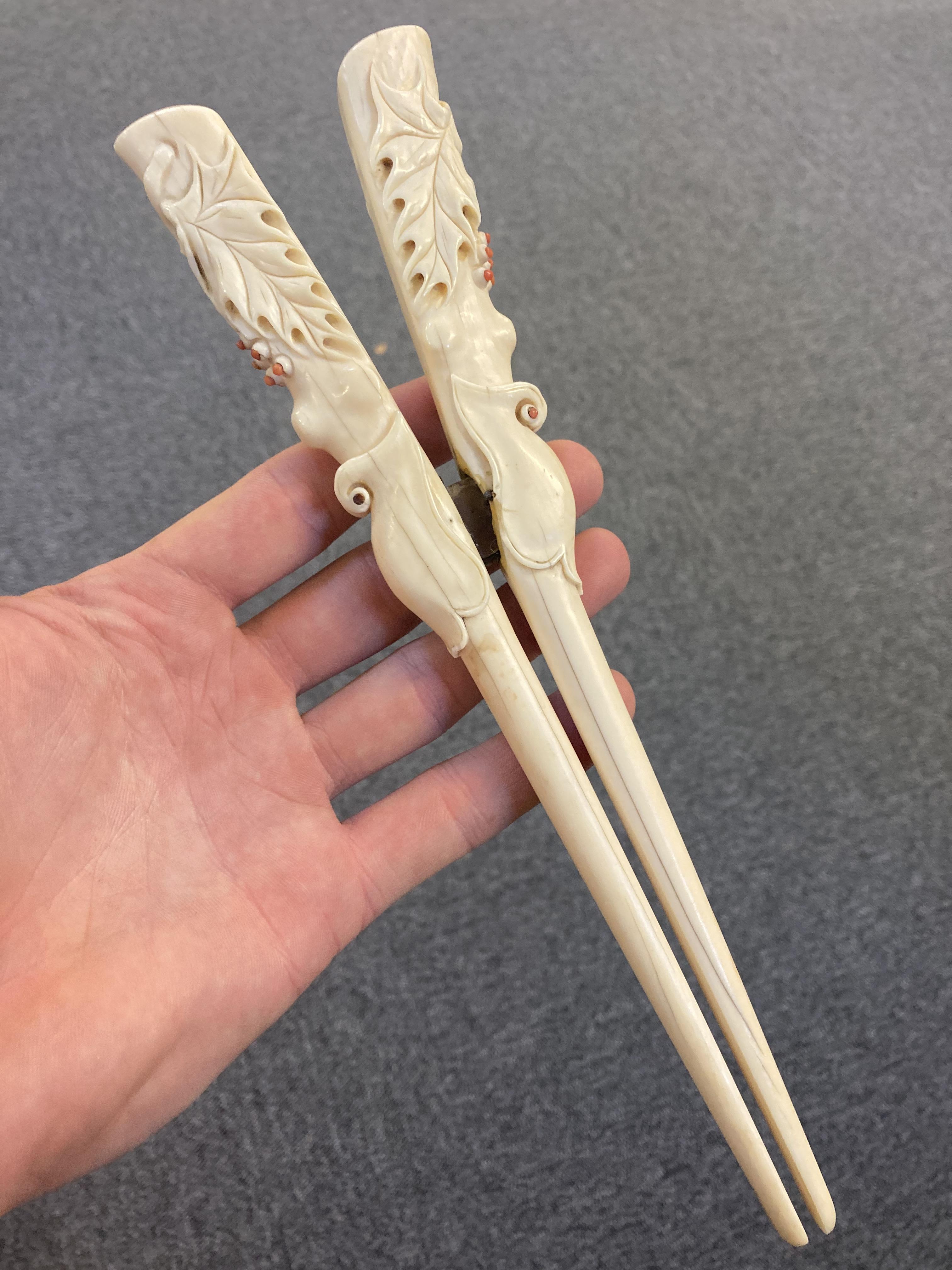 * Glove Stretchers, Victorian ivory glove stretchers - Image 6 of 10