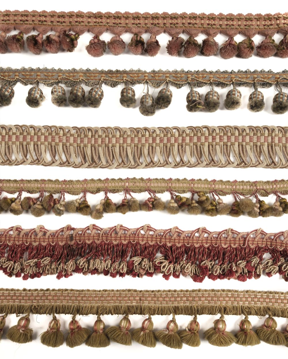 * Passementerie. A collection of good quality sewing braids, fringes, and edgings, 19th/20th century