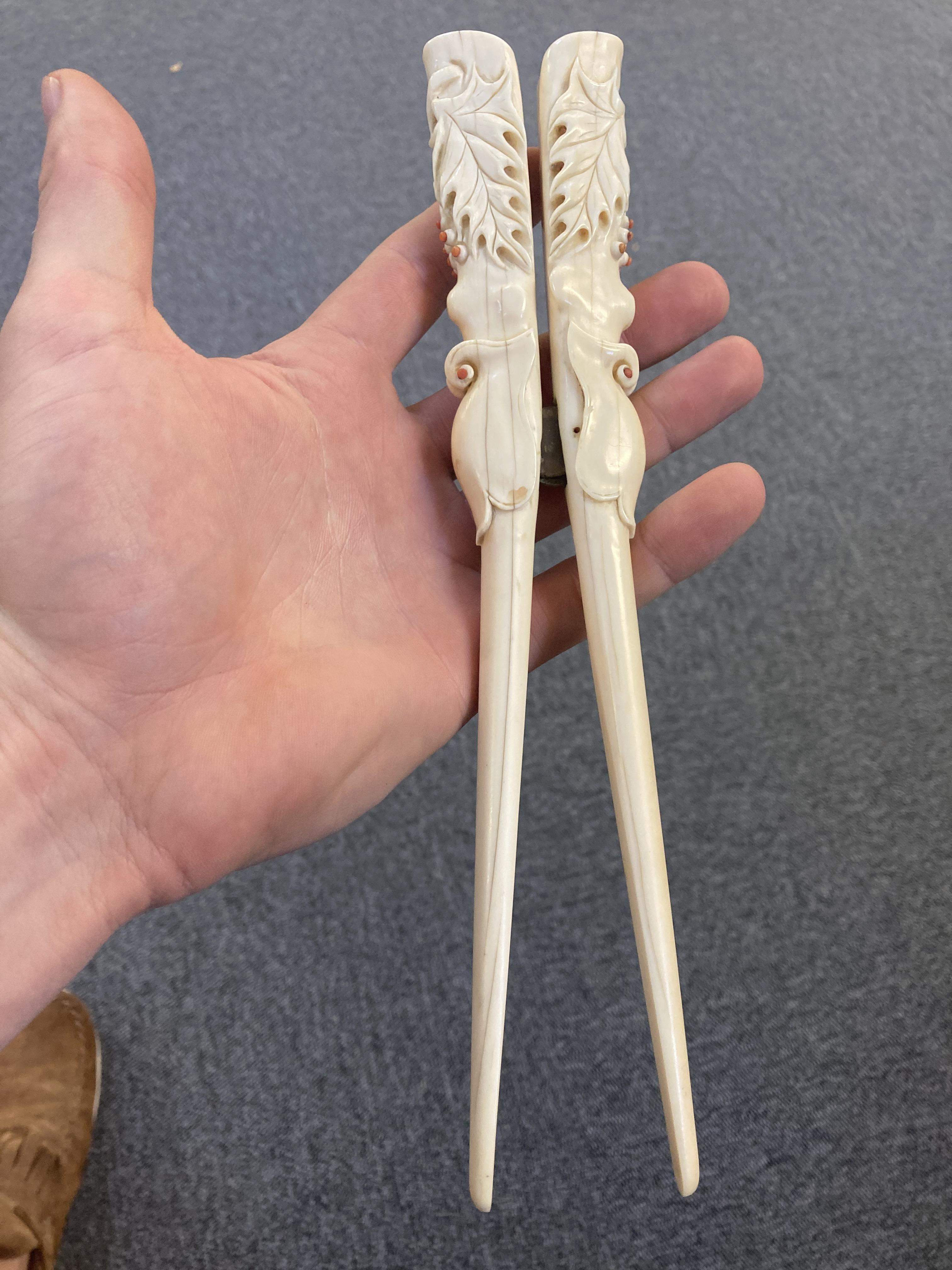 * Glove Stretchers, Victorian ivory glove stretchers - Image 10 of 10