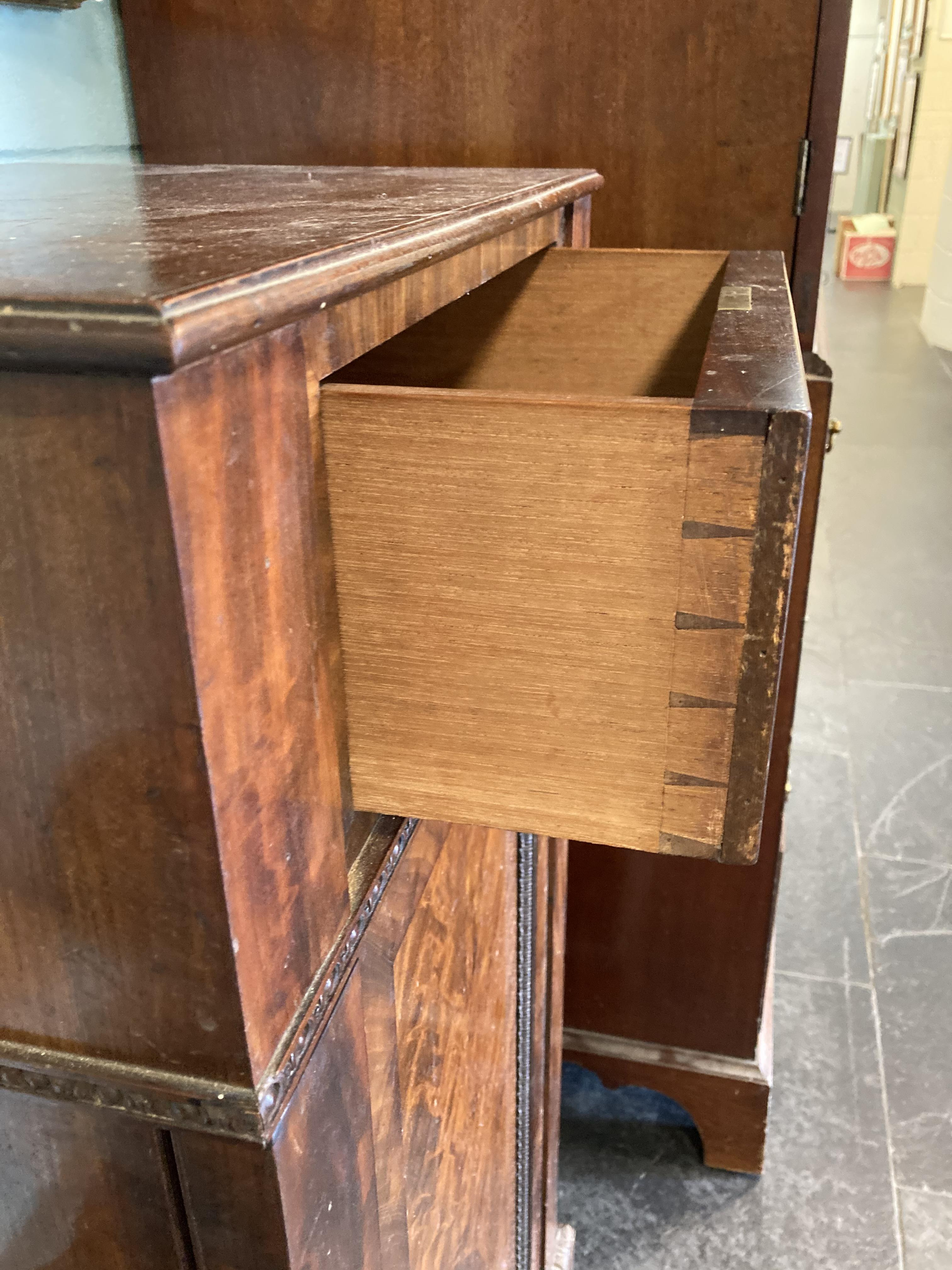 * Cabinets. Pair of William IV pedestal cabinets - Image 5 of 17