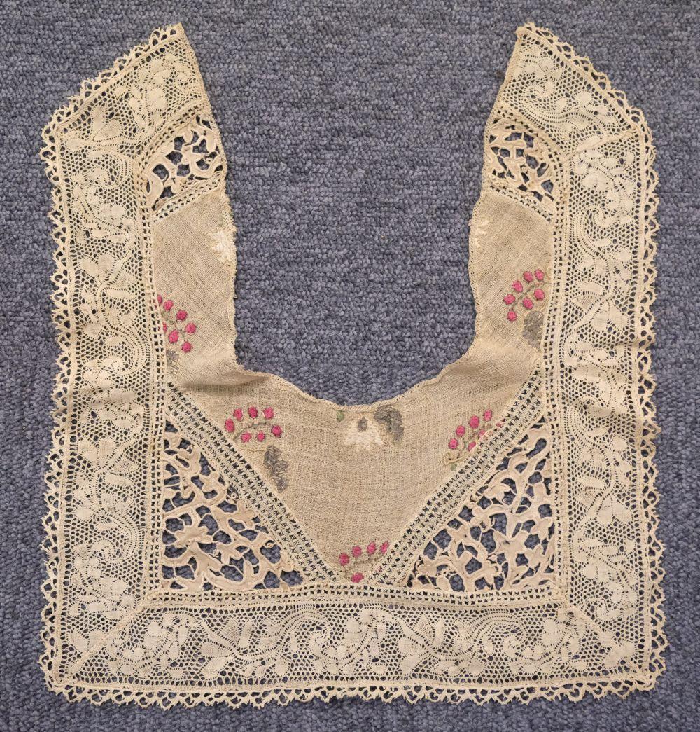 * Shawl. A woven silk satin and gauze shawl, circa 1810-1820 - Image 3 of 7