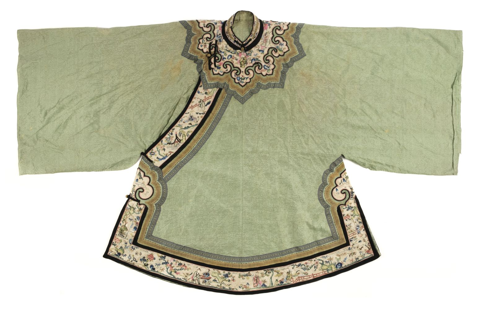 * Chinese. A late Qing Dynasty silk robe, 19th century,