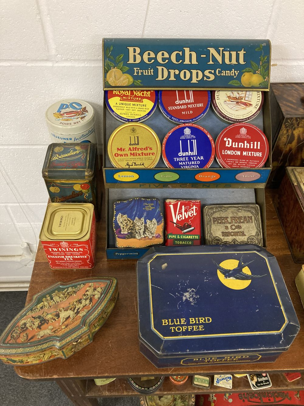 * Advertising Tins. A large collection of tins - Image 4 of 17