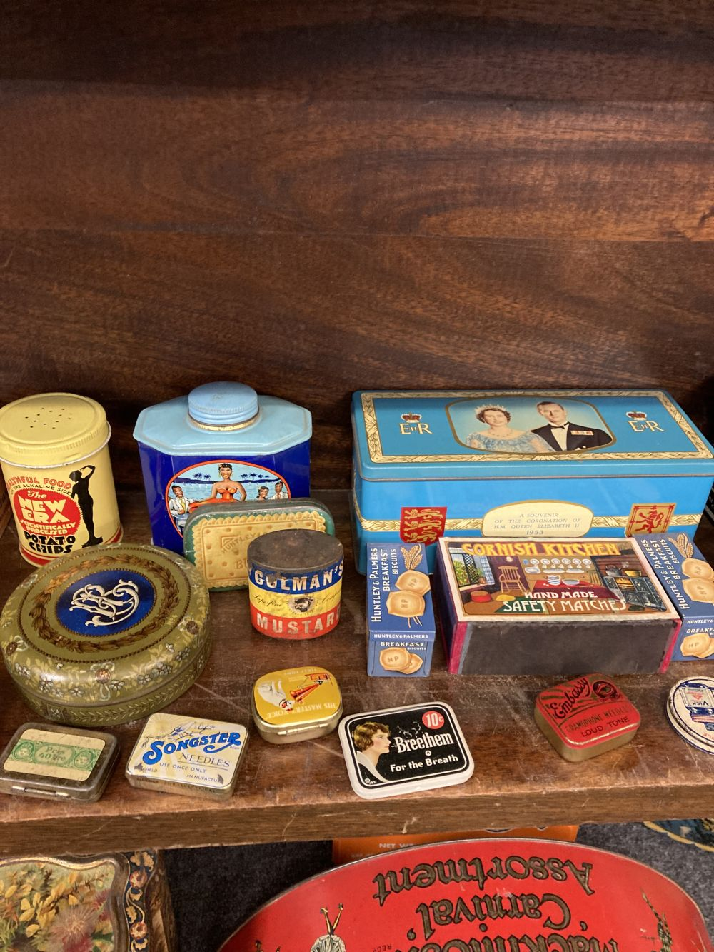 * Advertising Tins. A large collection of tins - Image 8 of 17