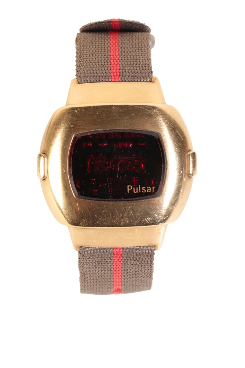 PULSAR GENTLEMAN'S GOLD PLATED LED WRIST WATCH