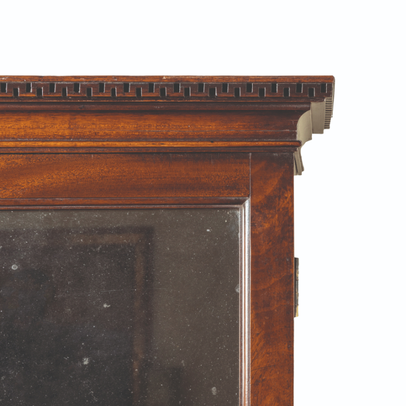A GEORGE II MAHOGANY LIBRARY CABINET - Image 3 of 5