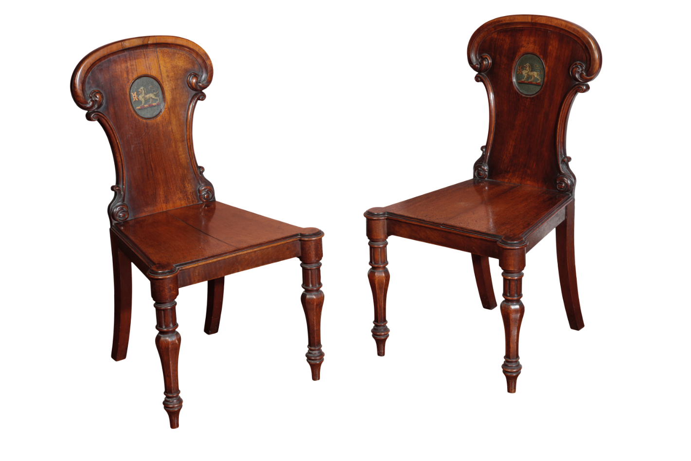 A PAIR OF LATE GEORGE III OR REGENCY SATINWOOD HALL CHAIRS, BY GILLOWS,